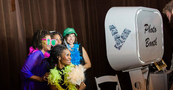 DNA Entertainment Photo Booth